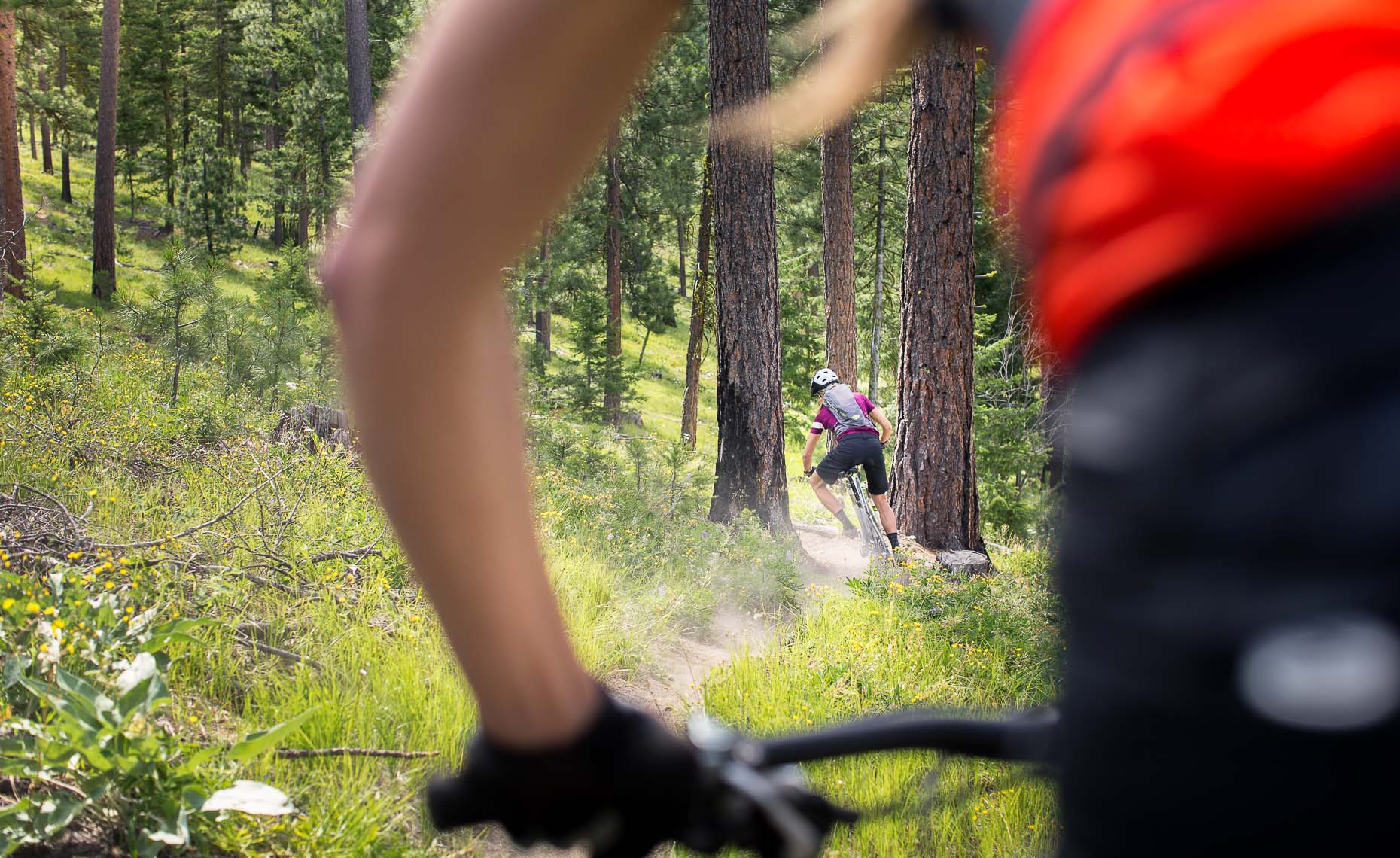 Vancouver action sports photographer shoots mountain biking